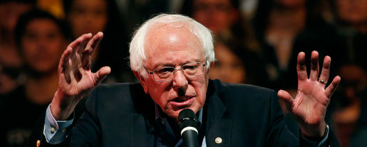 Bernie Sanders targets fossil fuel industry in Green New Deal