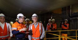 Snowy Hydro selects preferred contractors despite government approval delay