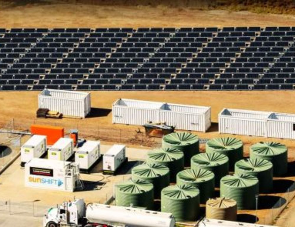 Oz innovation supports mobile solar plant