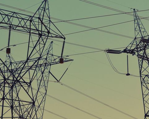 Queensland completes A$42M transmission line retrofit