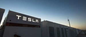 Gas still beats Tesla battery: expert