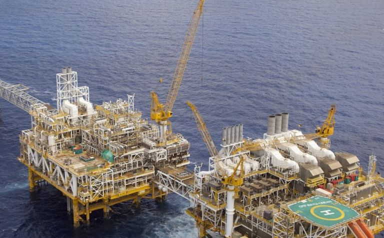 Eni may leave Aus