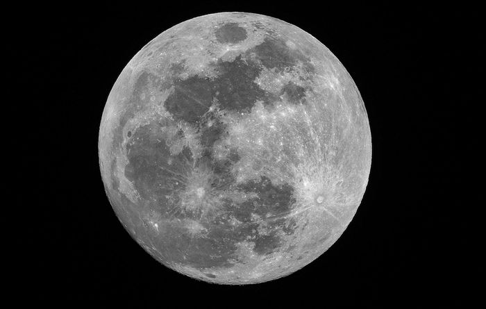 China plans man-made moons