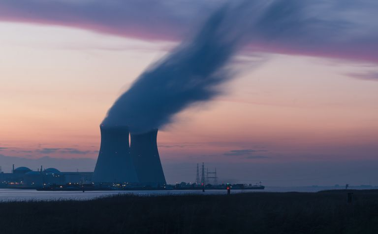 Adelaide expert says nuclear should be on the cards