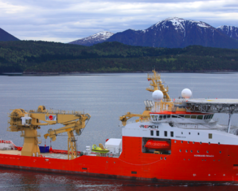 Solstad Farstad sends two PSVs to Ichthys