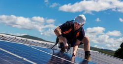 Rooftop solar presenting new challenges for WA: AEMO