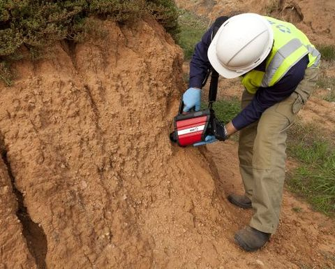 CSIRO soil checker to debut in the US: Video