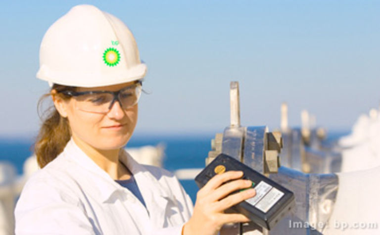 Oil and gas has lowest rate of female participation among STEM firms