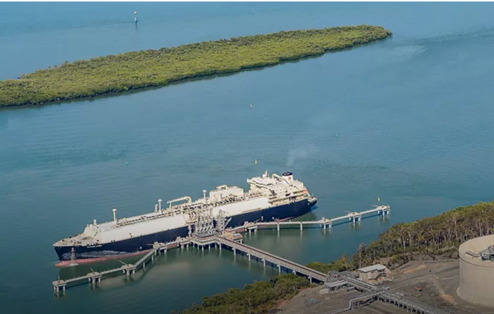 Japan's LNG imports improve marginally