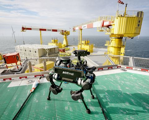 First autonomous offshore robot