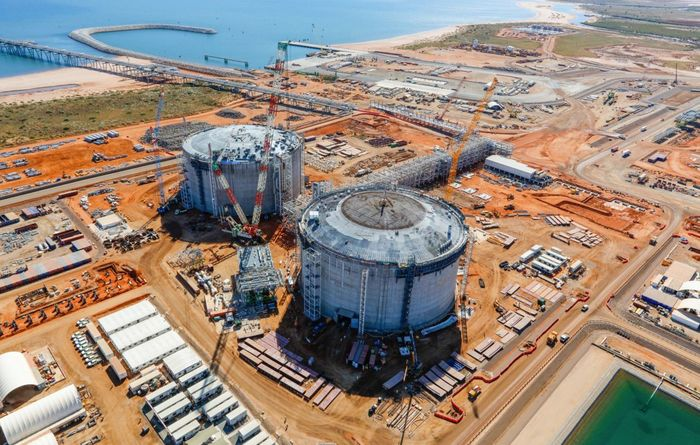 Chevron races to finish LNG expansion