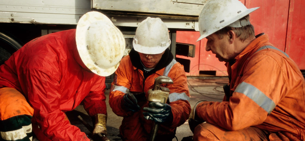 Oil and gas workers are looking for the exit