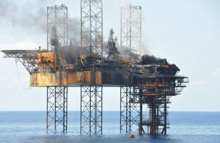 Montara leak plugged, fire splutters out