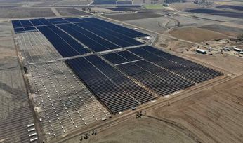 University Queensland makes history with solar farm