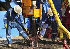 Sticking with OPEC helps rivals
