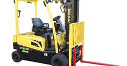 Hyster demonstrates hydrogen-powered forklifts