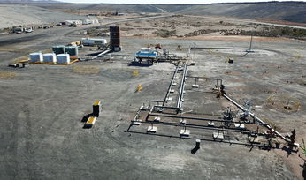 Leigh Creek Energy awards major contracts
