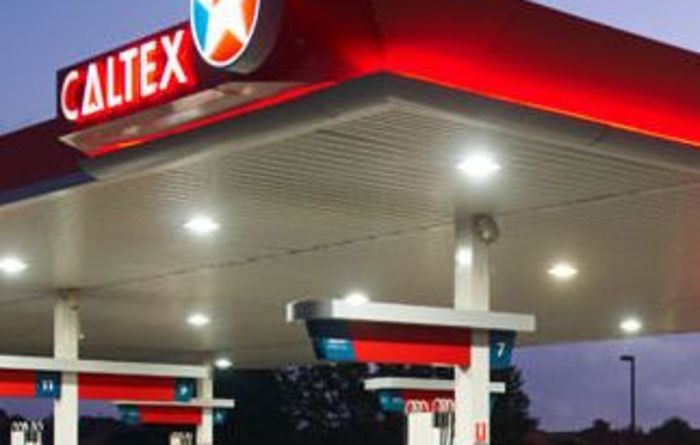 Caltex shareholders vote Ampol back