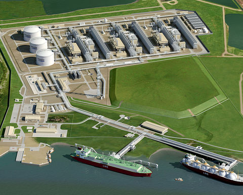 Cheniere revenue rises as LNG cargoes ramp up