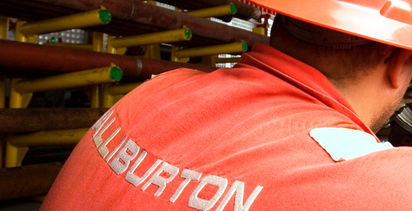 Halliburton posts US$1B loss