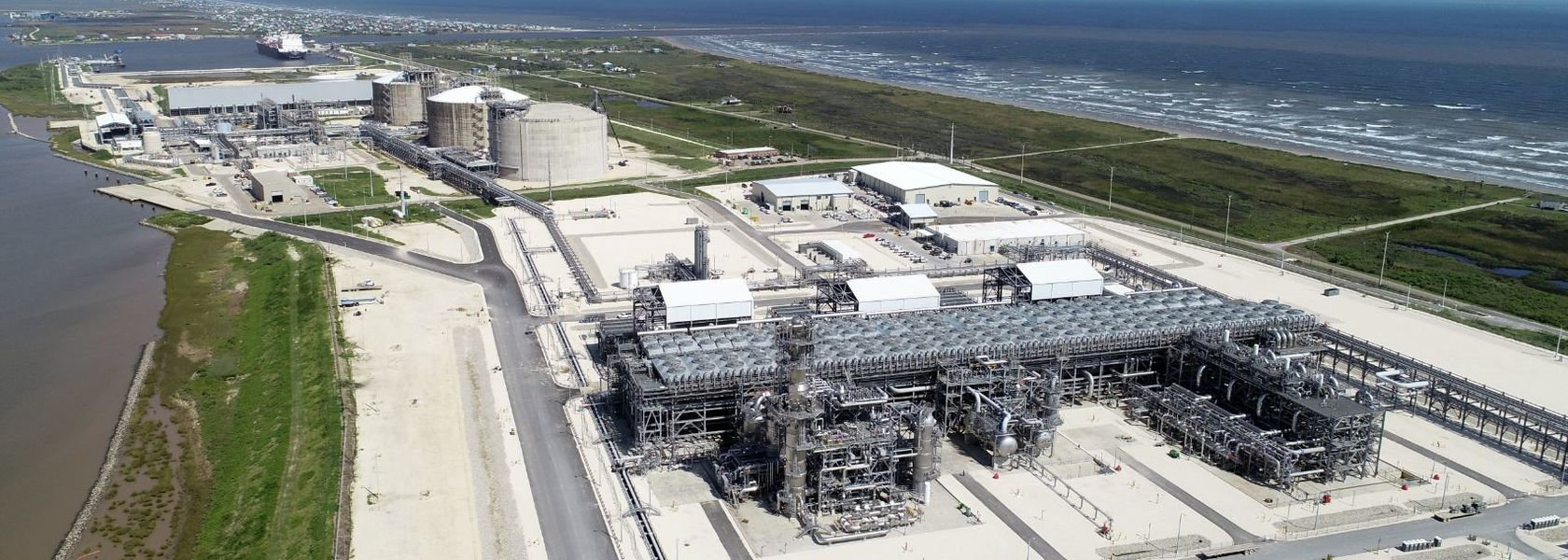Freeport LNG seeks to delay Train 4 as market crashes