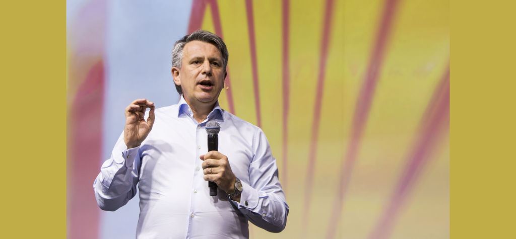 Shell chief hints at transition plans