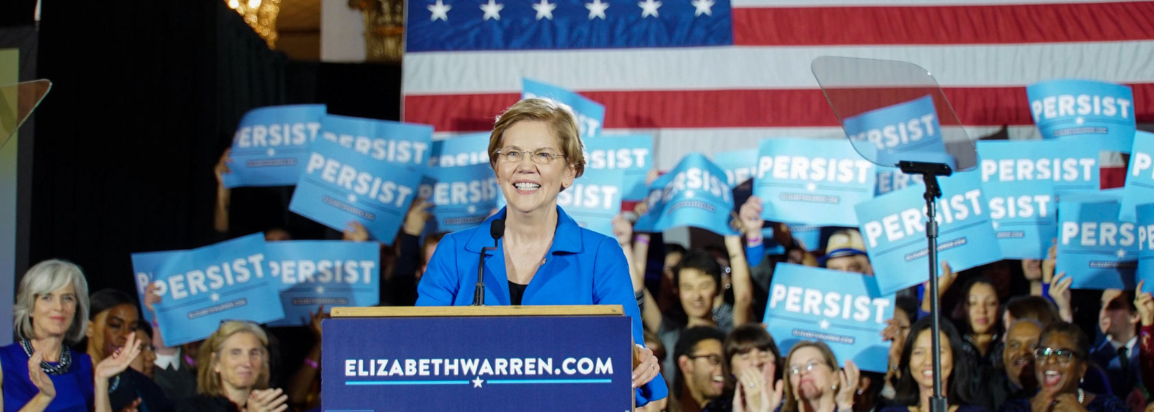 Elizabeth Warren pledges to ban all new petroleum leases, fraccing